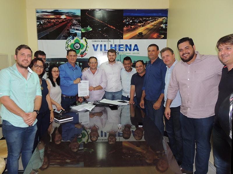 Adilson de Oliveira solicita a Maurão de Carvalho emenda de R$ 600 mil para pavimentação e drenagem em Vilhena