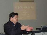 Advogado ministra palestra sobre Lei da Terceirização na Câmara de Vereadores