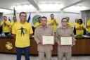 Após salvarem recém-nascida, bombeiros militares recebem moção de aplauso na Câmara de Vereadores
