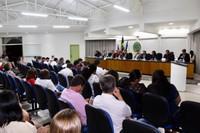 Câmara esclarece: comissão não propôs 13º salário, e aumento do número de vereadores ainda deverá ser votado