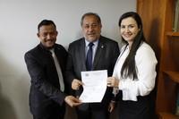 França Silva cobra aparelho de Endoscopia para o Hospital Regional