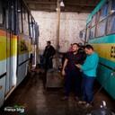 França Silva da Rádio acompanha vistoria de ônibus escolares realizada por técnicos da prefeitura