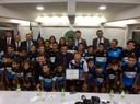 França Silva entrega Moção de Aplausos a Atletas Mirins e Juvenis de Vilhena