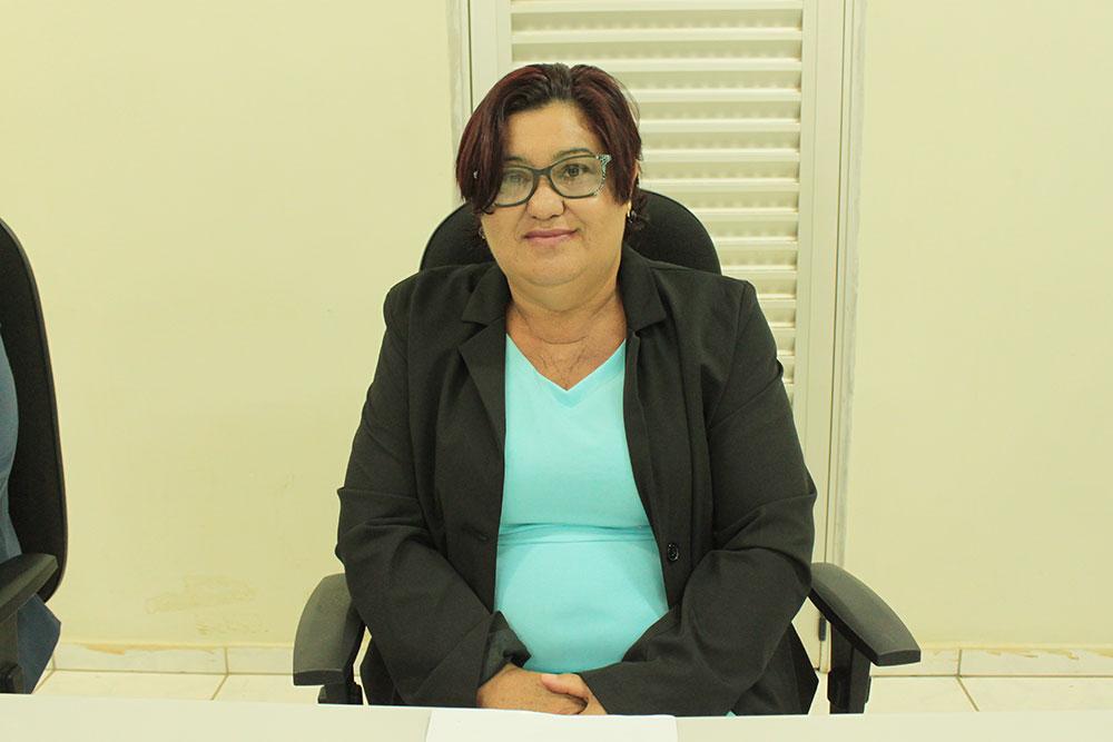Leninha do Povo pede reforma do prédio da unidade de saúde de Nova Conquista