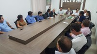 Presidente da Câmara de Vereadores participa de reunião entre produtores e Banco do Brasil para incentivo ao agronegócio