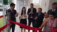 Presidente da Câmara de Vereadores prestigia inauguração de agência do Santander em Vilhena