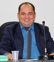 Presidente da Câmara indica instalação de banheiros químicos e contratação de vigia no Parque Ecológico