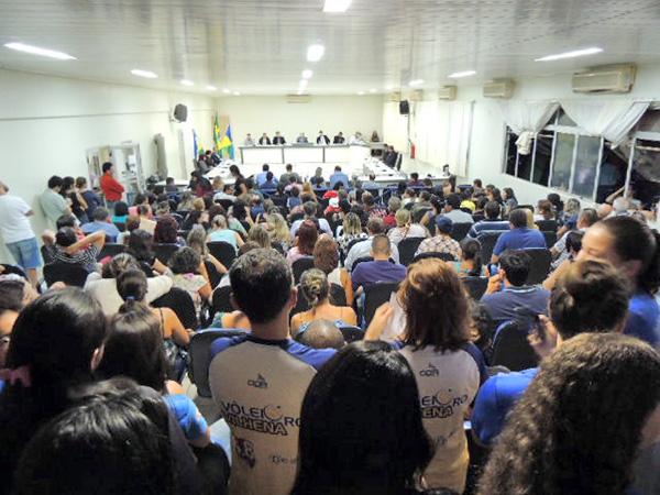 Reajustes de taxas do SAAE deverão ser aprovados pela Câmara, decidem vereadores
