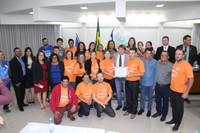 Rogério Golfetto entrega Moção de Aplauso à Associação Beneficente Fonte de Água Viva