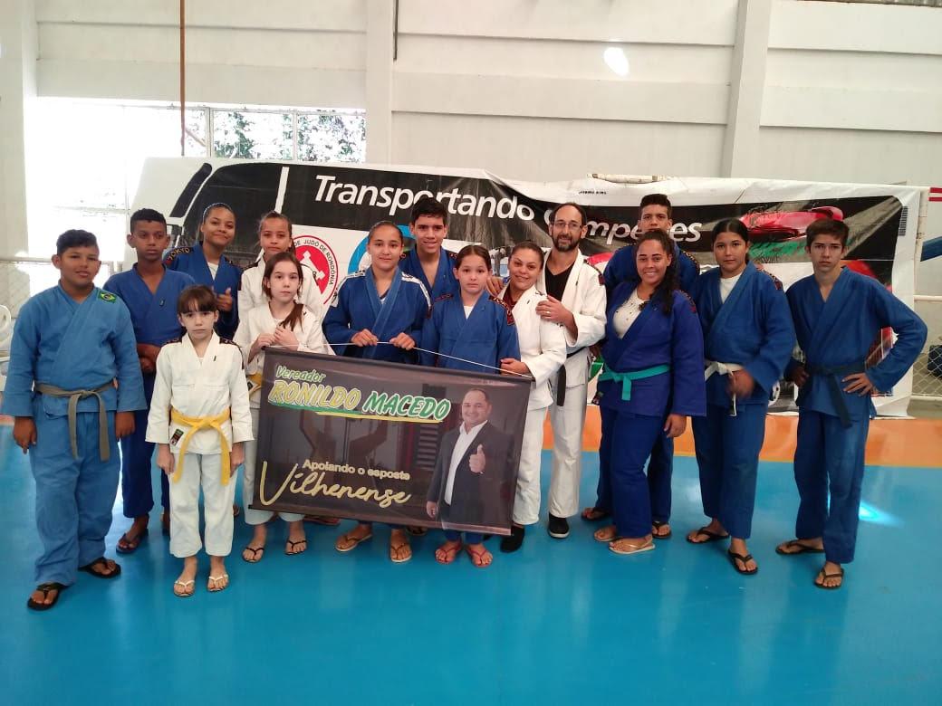 Ronildo Macedo apoia judocas vilhenenses que trouxeram 18 medalhas de campeonato estadual