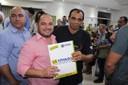 Ronildo Macedo participa da entrega de títulos definitivos em Vilhena