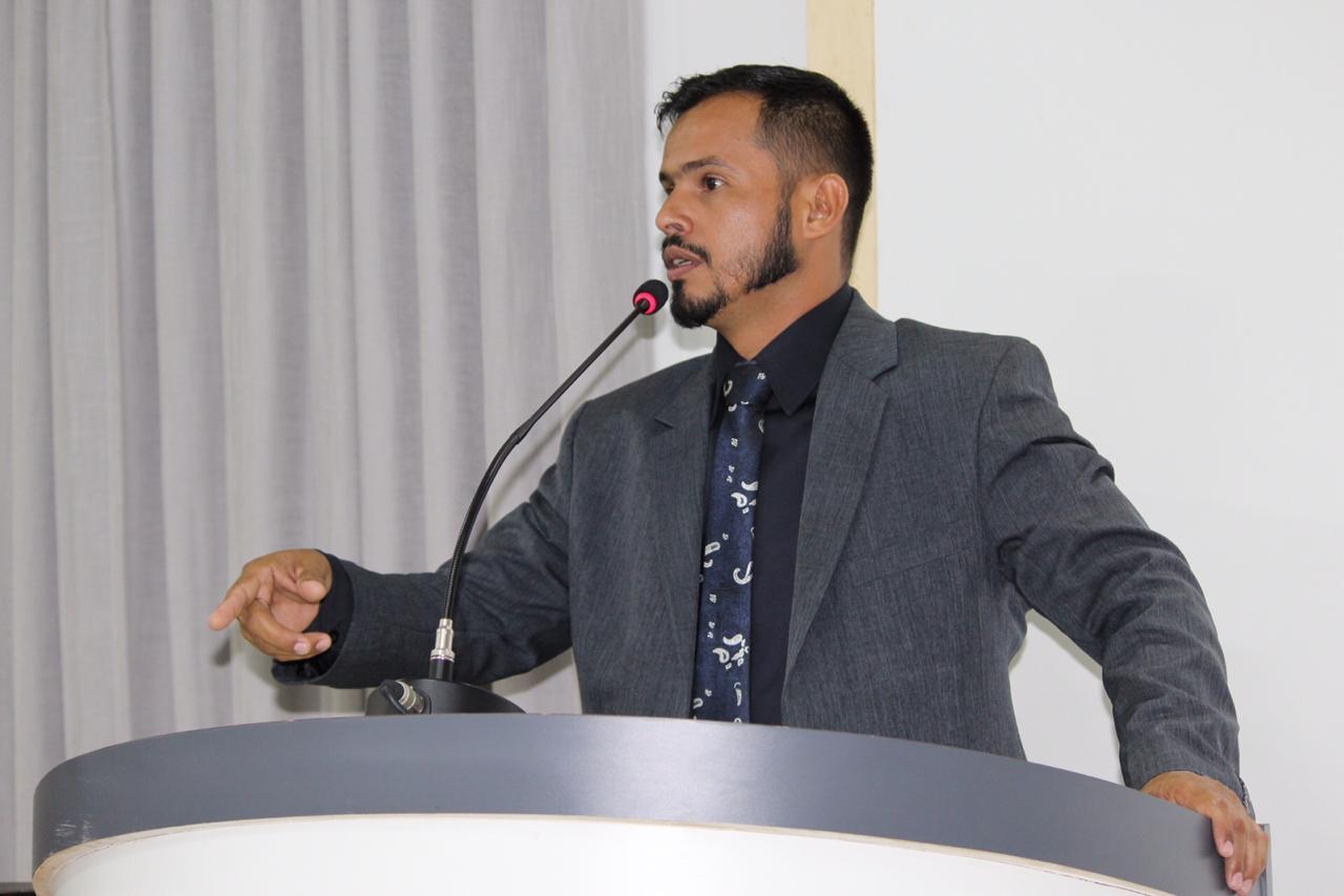 Vereador Rael Zigue cobra instalação de UPA e informações sobre o Tomógrafo em Vilhena
