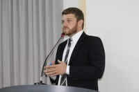 Vereador Rafael Maziero cobra licenciamento para abertura de novo cemitério