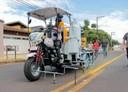Vereadora Leninha do Povo indica compra de triciclo de pintura automática para ruas e avenidas de Vilhena