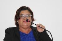 Vereadora Leninha do Povo indica semáforo em cruzamento crítico da cidade