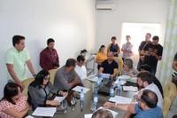 Vereadores aprovam aumento para servidores municipais em sessão extraordinária